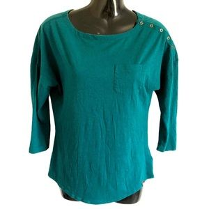 THE NORTH FACE teal 3/4 sleeve top button detail